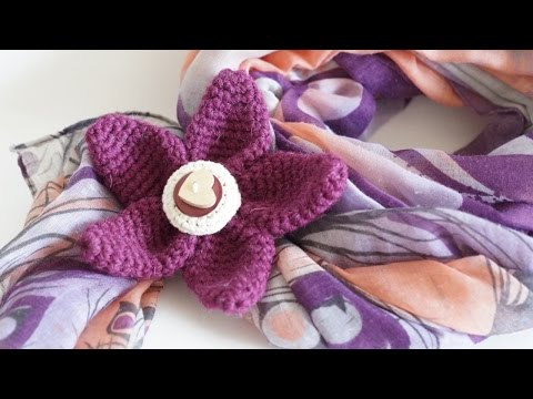 Make a Knitted Flower Brooch - DIY Style - Guidecentral