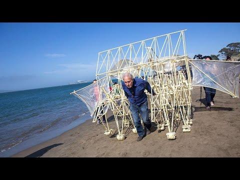 Adam Savage Meets Theo Jansen's Strandbeest!