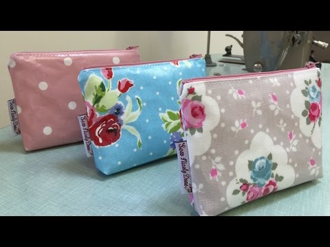 How to make a basic zipped pouch