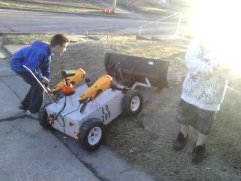 ED209 rc lawnmower/snow plow