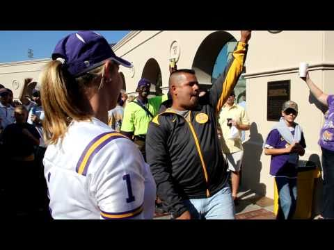 Josh proposes to Tracy at LSU in Front of Mike The Tigers Cage