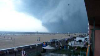 Ocean City Maryland Mesocyclone Storm rolls in with Tornado watches for the area!