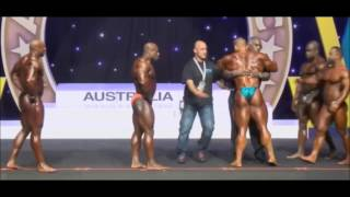 Dallas Mccarver Why Did He Collapse On Stage ???