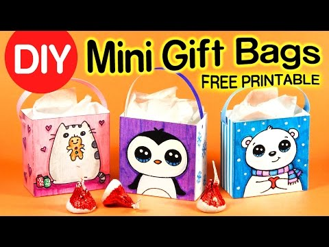 How to Make a Mini Gift Bag - Easy DIY Holiday Crafts