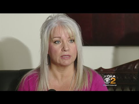 Mother Sues School District Over Voicemail