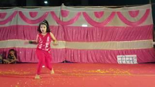 Arayna solo dance performance kala chashma