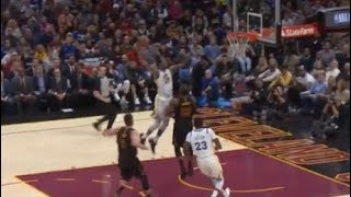 Kevin Durant almost posterizes LeBron James!