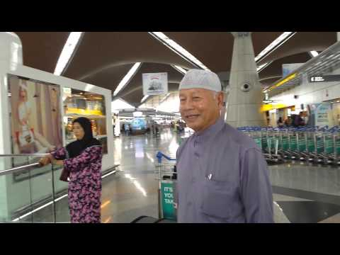 Malaysia Airport return to USA
