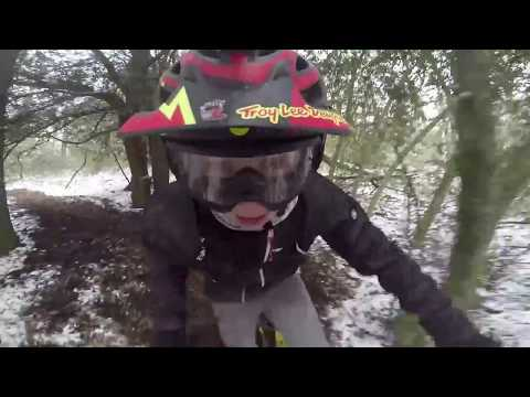 RIDING AND BUILDING LOCAL MTB TRAILS IN THE SNOW!