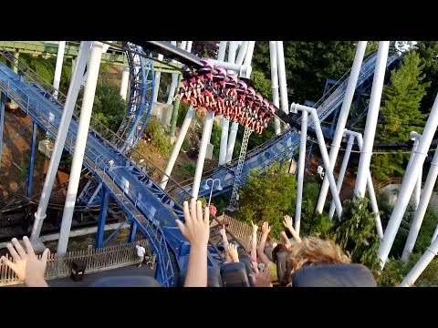 A Ride On SooperDooperLooper Roller Coaster at Hersheypark POV
