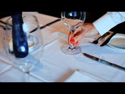 How to Set a Table | Restaurant Business