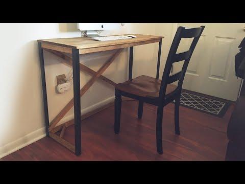 Simple DIY Desk with Metal Legs