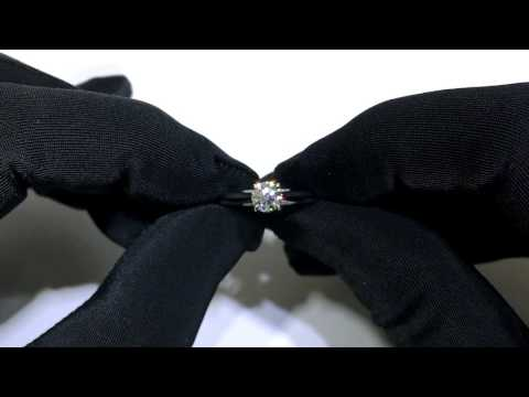 Unboxing a Solasfera diamond ring