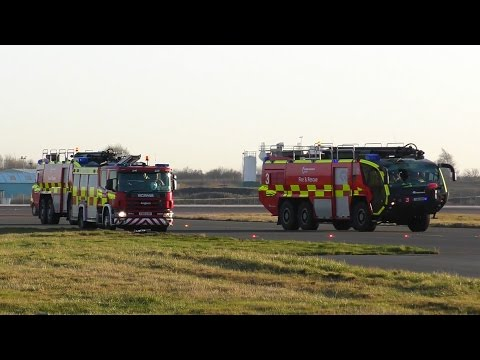 Panthers! Airport Fire Brigade Responding - London Stansted Airport