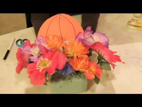 Decorating With Flowers, a Parasol & Umbrellas : Craft Projects