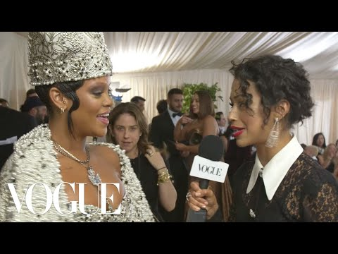 Rihanna on Her Divine Dress and Co-Hosting With Anna Wintour | Met Gala 2018 With Liza Koshy