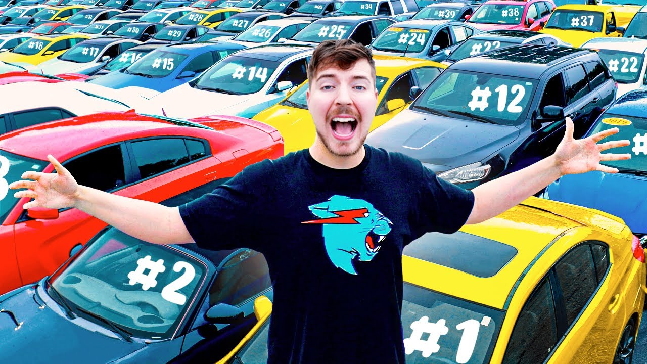 I Gave My 40,000,000th Subscriber 40 Cars