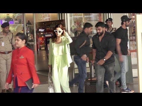Xxx Mp4 Spot Ranbir Kapoor Amp Alia Bhatt IGN0RING Each Other After F IGHT Amp Walk Away Seperately 3gp Sex