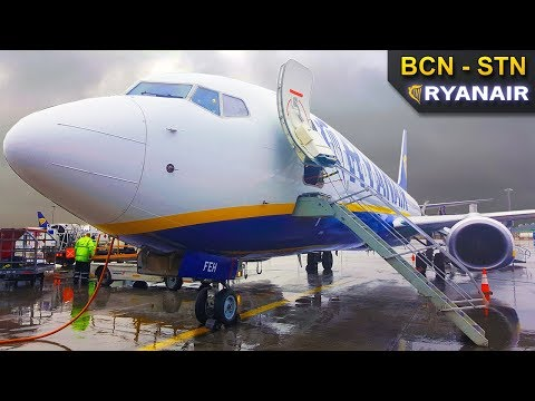 TRIP REPORT | Ryanair | Boeing 737-800 | Barcelona - London Stansted