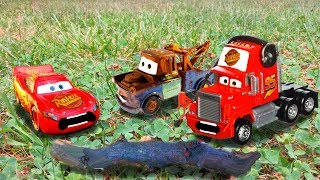 Disney Pixar Cars Lightning McQueen and Mater Guessing Game + Impressions | Cars Emergency w/ Mack