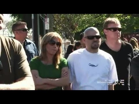 Storage Wars Season 3 Episode 6 (s03e06) More Like Wrong Beach