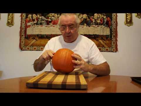 Pumpkin Pie Mostly from Scratch, Part 1: Pumpkin Puree
