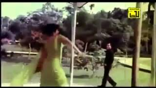 Bazare jachai kore dekhini to dam Bangla Movie Song ft  Salman Shah   Shabnur   HD