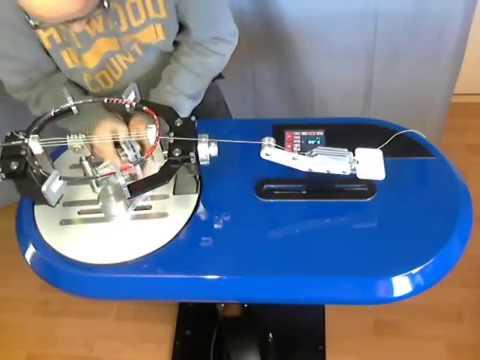 Stringing machine