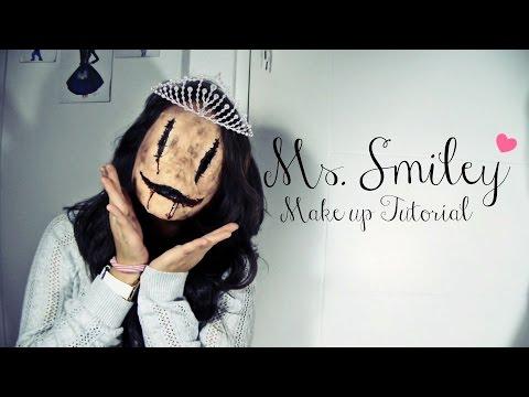 Ms. Smiley - Halloween Makeup Tutorial