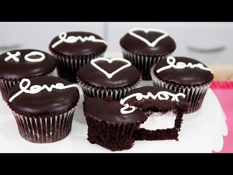 How to Make Homemade Hostess Cupcakes!