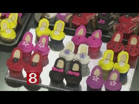 In the Kitchen: Glam High Heeled Cupcakes