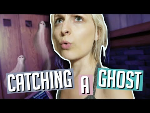CATCHING A GHOST IN MY HAUNTED HOUSE
