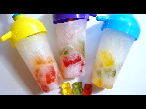How to make EASY GUMMY BEAR RAINBOW POPSICLE DIY - Ice lolly - Homemade ice cream