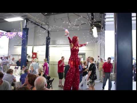 Bubble Guns Stilt Walker - Stilt Walking Performer - Fire Gypsy - Massachusetts, CT, RI