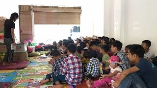 Myanmar orphans take classes in Chinese border town