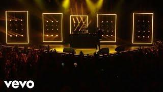 Aminé - Blinds (Live) - #VevoHalloween
