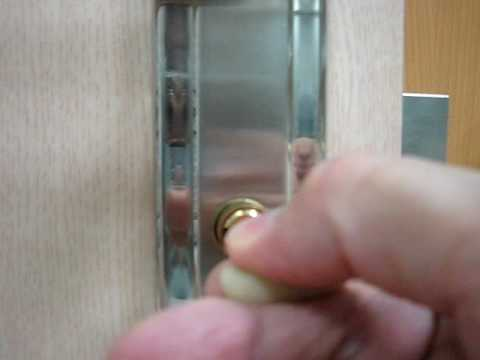 How to pick a cylinder door  lock with a wire - bypass