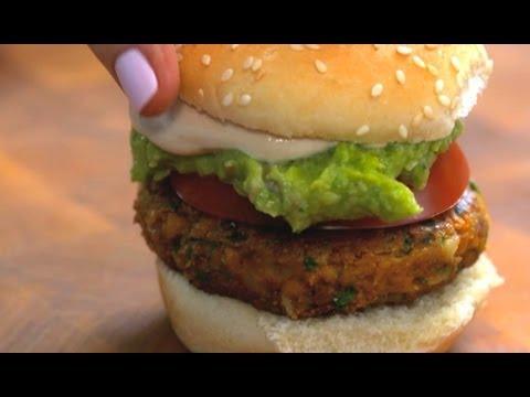 Vegan Recipe: Falafel Sliders