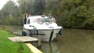 La Navigation sur le Canal des deux Mers - Passer une ecluse