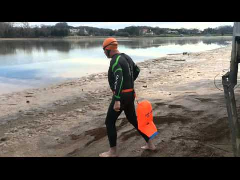 Knoxville man trains for swim across Tampa Bay