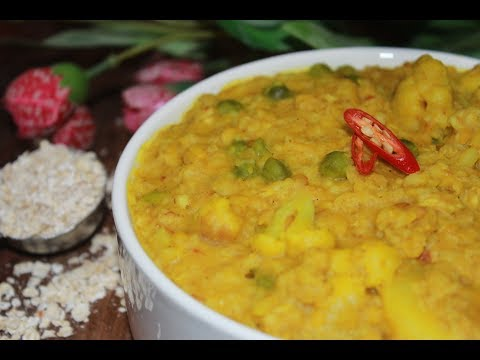 Lose Weight with this Tasty Oats Khichuri recipe - Easy Oats Khichdi recipe - Oats Khichuri Recipe