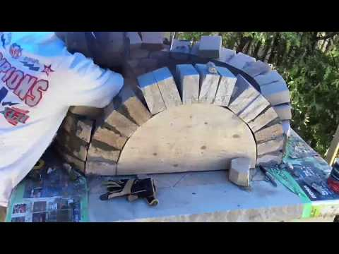 Building a wood fired pizza oven dome (time lapse)