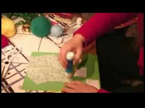 How to Make a Personalized Calendar : How to Make a Calendar: Adding Pictures