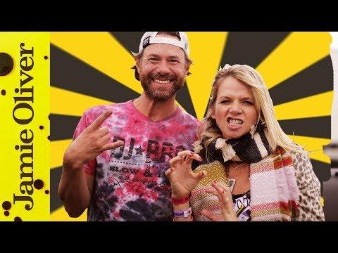 DJ BBQ & Zoe Ball cook Piggyback Pulled Pork Burger
