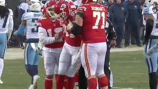 Travis Kelce Takes a Big Hit and Gets Dizzy | Titans vs. Chiefs | NFL
