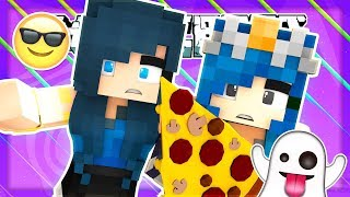 READING YOUR CRAZY SPOOKY STORIES! Minecraft LIVE!