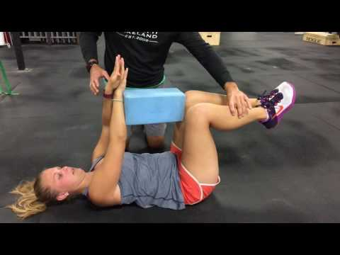 Build a stronger core with this exercise - The Deadbug - Tips for Tuesdays - Episode 11