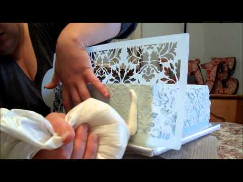 Damask Stenciling in Buttercream Tutorial