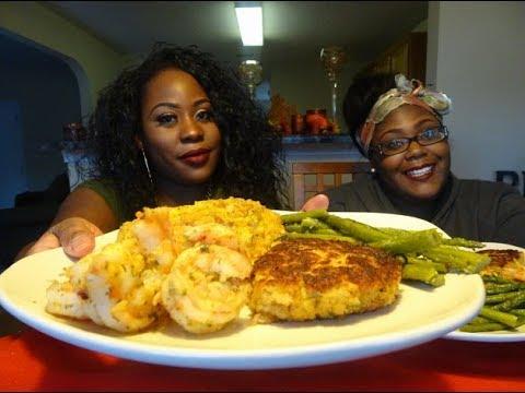 Seafood Dinner Mukbang!!!!! Crab cakes, Stuffed Salmon, Garlic Shrimp, and Asparagus