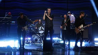 The National Performs